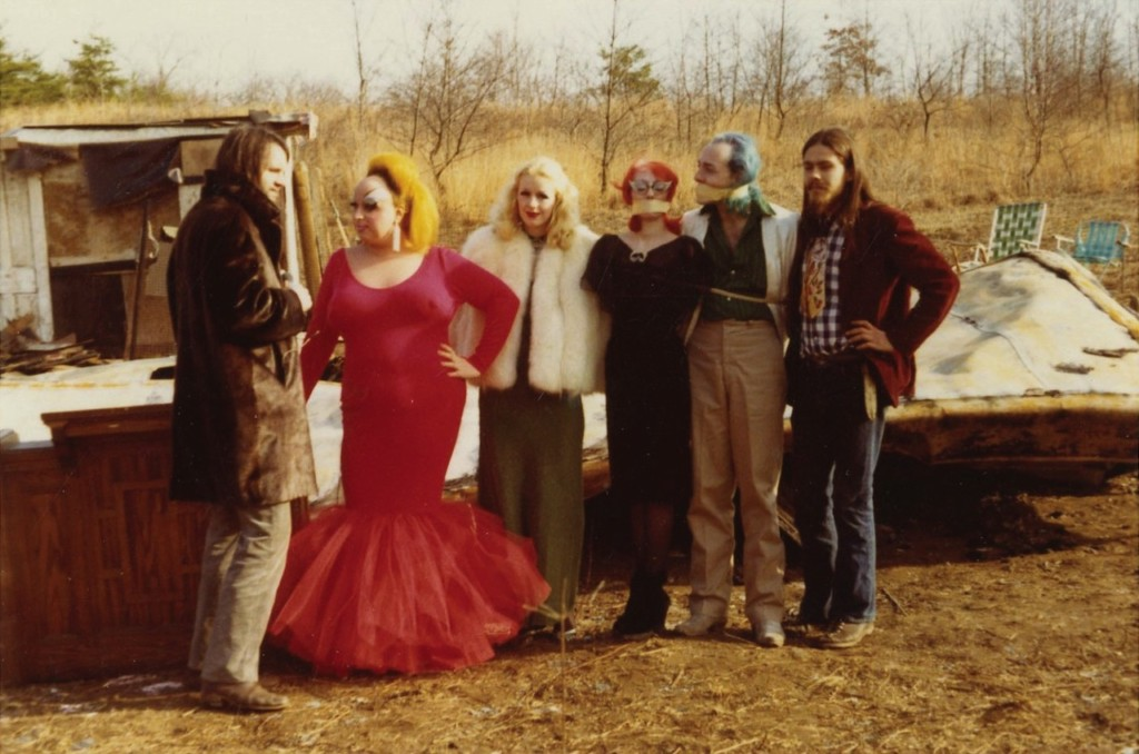 Channing Wilroy, Divine, Mary Vivian Pearce, Mink Stole, David Lochary und Danny in «Pink Flamingos»